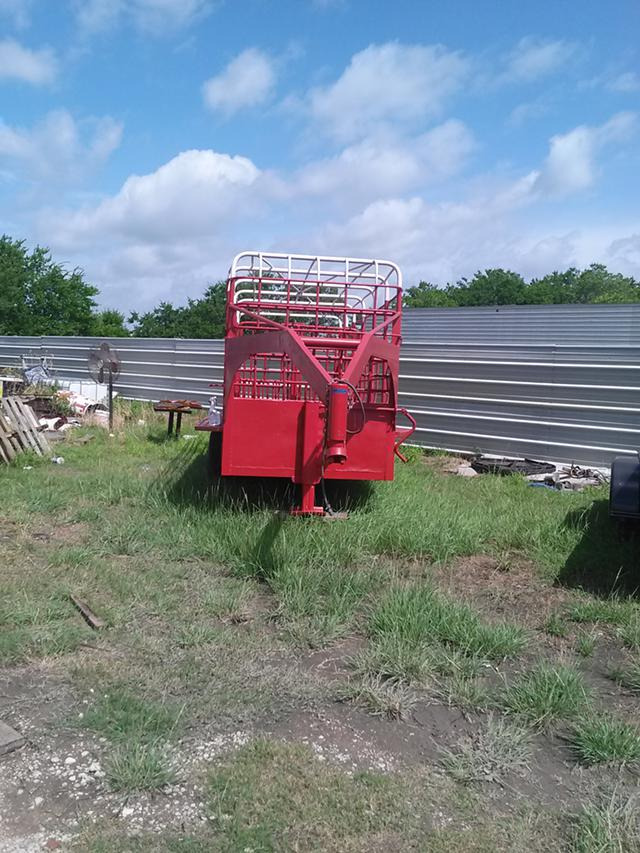 3 750  Trailers