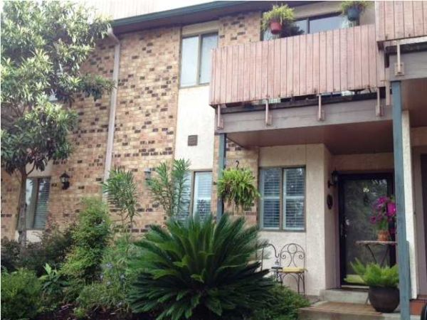 $900  2br - 1400ftsup2 - 2 bedroom condo for rent