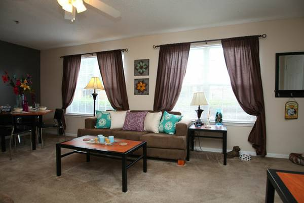 - $455 1189ftsup2 - CAMPUS CROSSINGS LAFAYETTE (200 Theater Street)