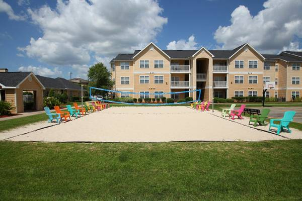 - $455 1189ftsup2 - APTS FOR RENT CAMPUS CROSSINGS LAFAYETTE (Theater Street)
