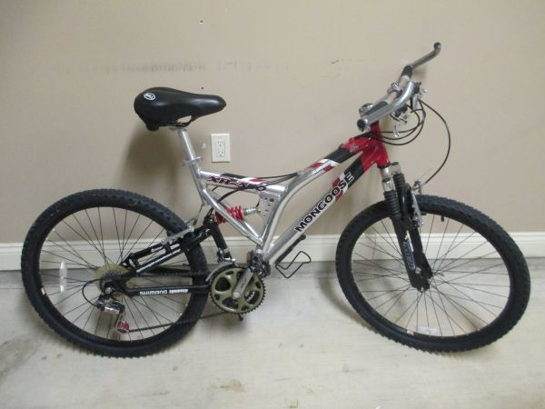 Mongoose Mountain Bike 26 tires 21 speed - $120 (Lafayette, LA)