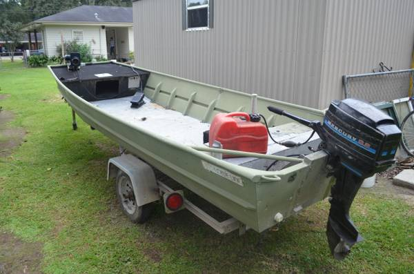 14-15 ft jon boat with 9.8 - $1200 (lafayette)