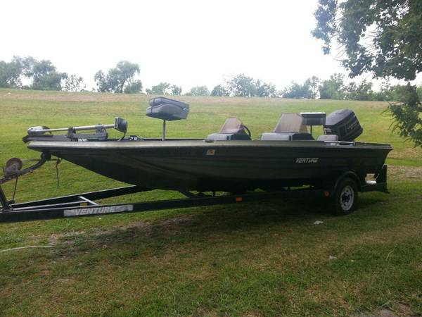 88 Venture Bass Boat with 150 Johnson  - $3000 (Port Barre )
