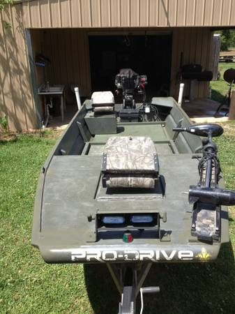 2007 16ftx54in pro drive x-series boat and 36hp pro-drive motor - $8500 (Plaucheville, La)