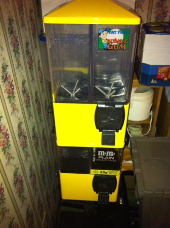 U TURN 8 Canister Vending Machines - $200 (Lafayette, La.)