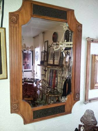 BEAUTIFUL VINTAGE BEVELED MIRROR - $125 (ROOSTERS ANTIQUE MARKET)