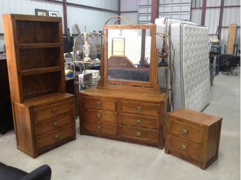 Vintage Young Hinkle ships ahoy bedroom furniture - $525 (Lafayette )