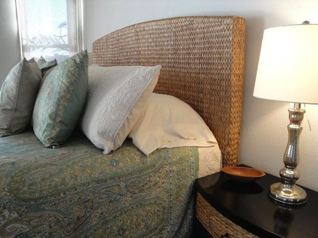 379  NEW SEAGRASS Hand-Woven Headboards  FROM BALI Excellent quality  From   379 99 - 459 99