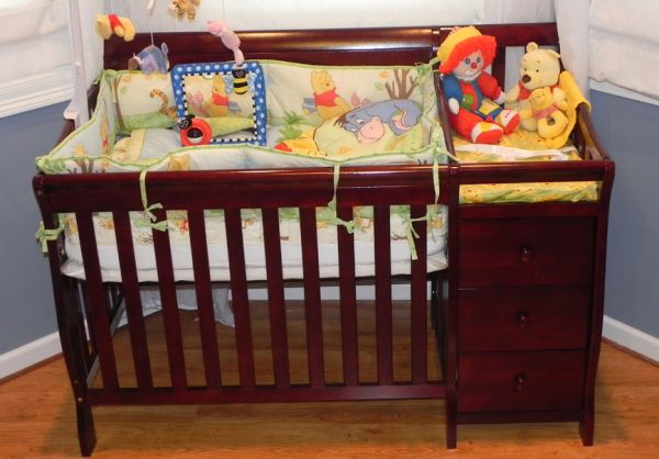 Crib-Dream on Me 3-in-1 Convertible Crib - $300 (Crib located in Upper Lafayette)