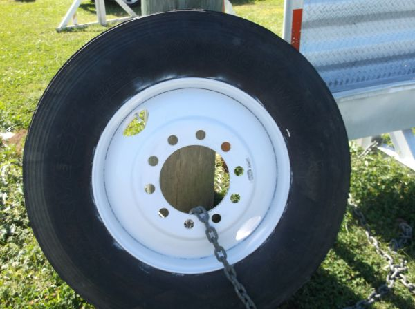 TIRE  BUDD WHEEL FOR 18 WHEELER - $125 (HWY 90 TO HWY 88 COTEAU RD)
