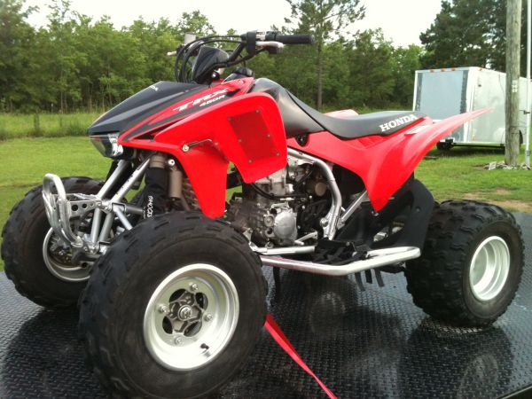 Honda 450R 07 with HRC kit - $3600 (Crowley)