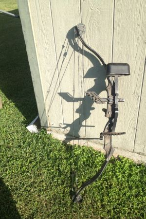 Bear Compound Bow missing parts cheap - $125