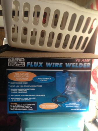 Flux wire welder - $100 (Rayne,La. )