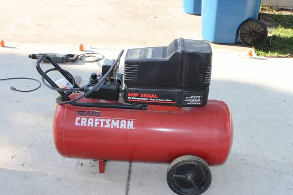 Compressor 4 HP 25 Gallon - $185 (Youngsville)