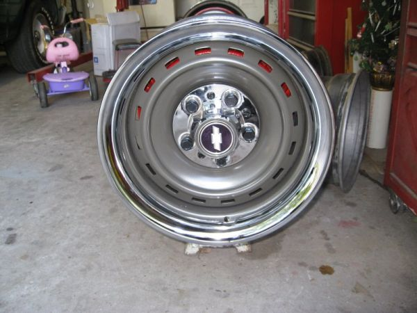 looking for 8 wide c10 rally wheels - $1 (lafayette)