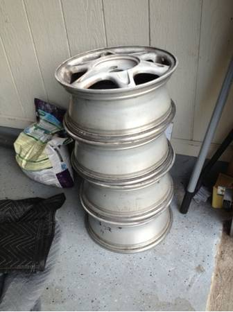 Integra gsr sunflower rims. Need gone - $1 (Lafayette)