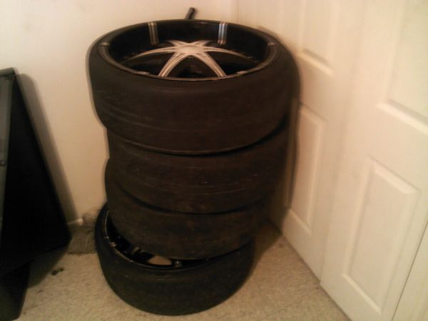 24 inch rims and tires - $700 (Lafayette Louisiana)