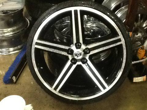 26 IROCS BLACK AND MACHINE WHEELS TIRES - $1950 (NEW ORLEANS SLIDELL)