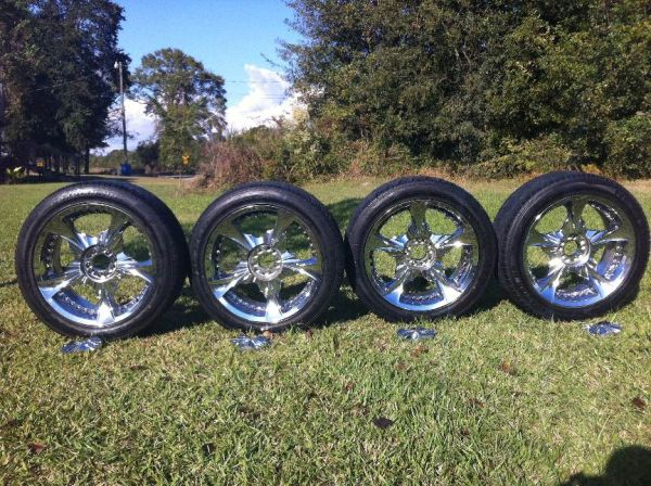 20 inch chrome rims 5 lug - $400 (Carencro )