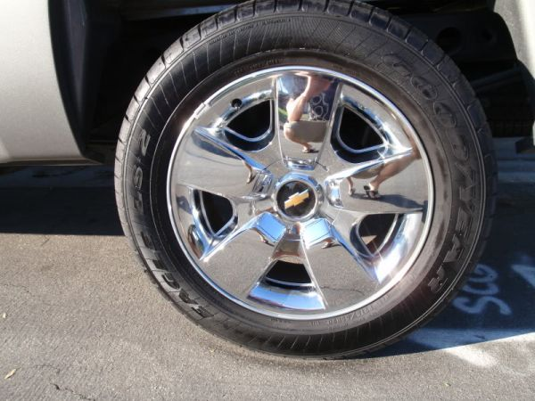 20 rims for chevy silverado for sale. Black Bedroom Furniture Sets. Home Design Ideas