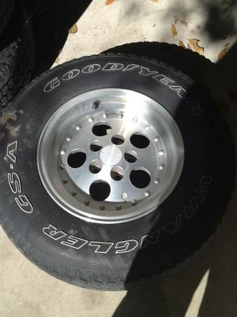 1998 jeep wrangler Sahara tires and rims - $175 (Delcambre, La)