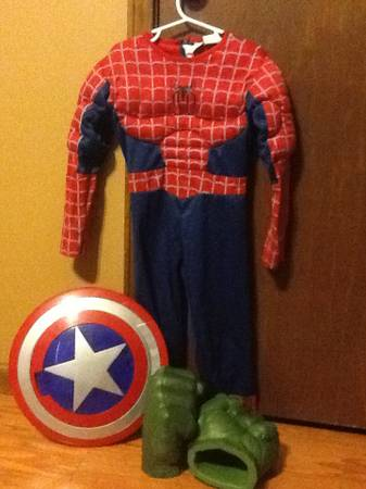 Halloween costumes - $10 (St martinville)