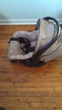 cosco carseat and matching stroller