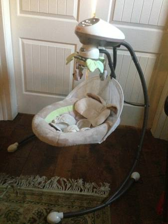 Fisher Price My Little Snugabunny cradle n swing Pd 169.99 - $100 (Lafayette off of Kaliste Saloom)