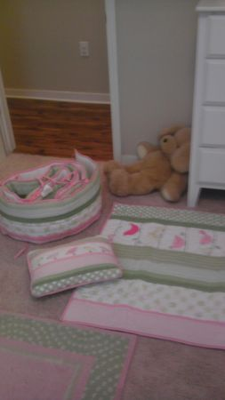 Baby Bedding for girl from Pottery Barn - $100 (lafayette)