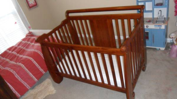 Babys Dream convertible crib - $150 (Youngsville)