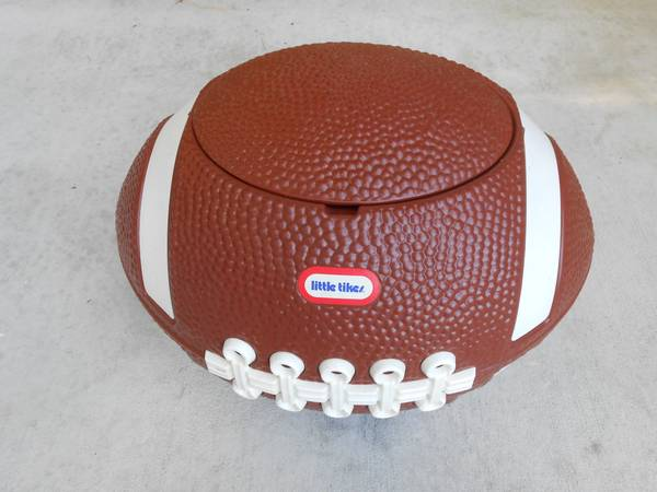 LITTLE TIKES FOOT BALL TOY BOX - $20 (BROUSSARD)