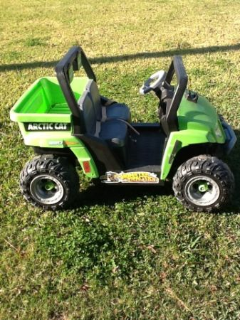 Power Wheels Ride On Artic Cat Jeep - $75 (Breaux Bridge)