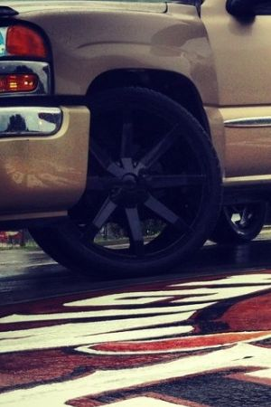24 inch black kmc slides - $2200
