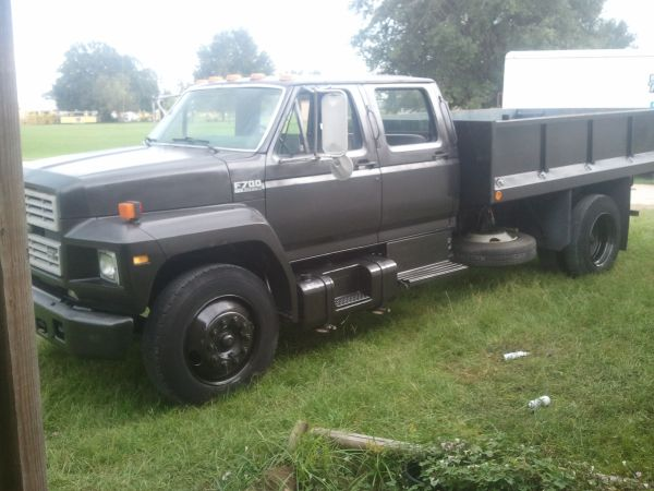 Ford F700 (one of a kind) - $12 (Broussard)