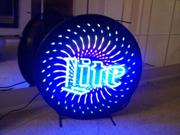 Miller Lite Neon Starburst Beer Sign - $400 (70506)