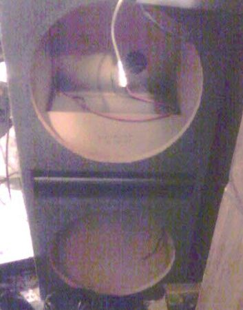 Carpeted Ported box for 2 15 subwoofer - $50 (Franklin,Louisiana)