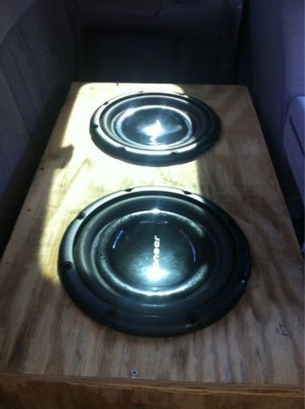 Two 12 Pioneer speakers and 1000 watt Sony Xplod box is optional - $300 (Hineston, La)
