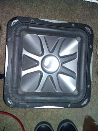 2 12 Kicker Solo Barric L7 Subs - $250