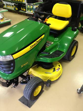 X300 john deere mower with bagger - $2750 (New iberia)
