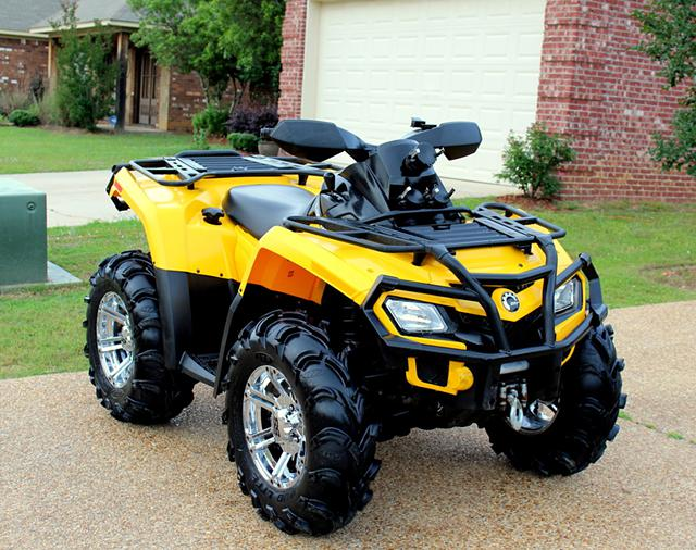 2 150  2011 Can Am Outlander 800R XT power steering 735miles