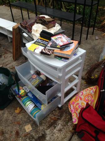 Mind Blowing Garage Sale Going on Right Now - $1 (145 E. Butcher Switch)