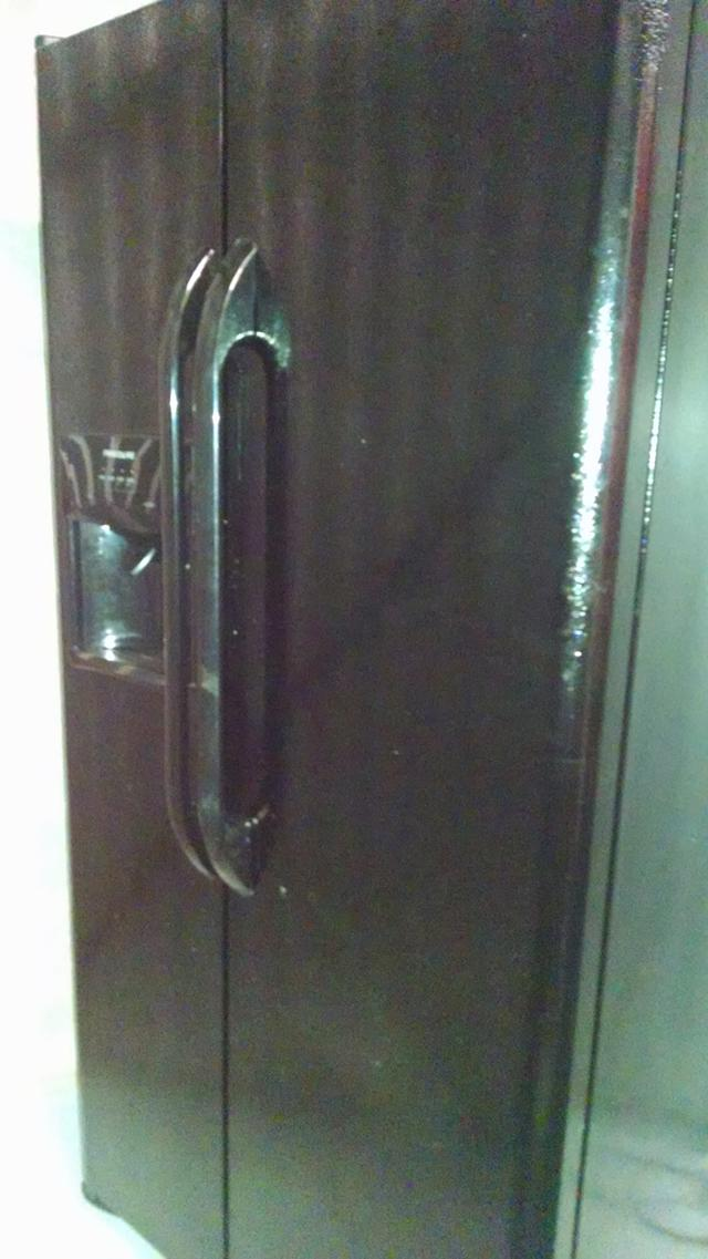 1 000  Brand New Refrigerator with 10 Yr Warrant