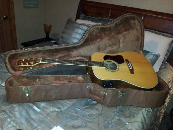 Walden acousticelectric - $400 (breaux bridge)