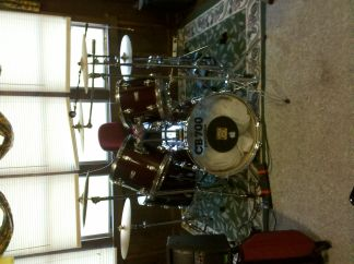 Cb-700 Drum kitset - $500 (Crowley )