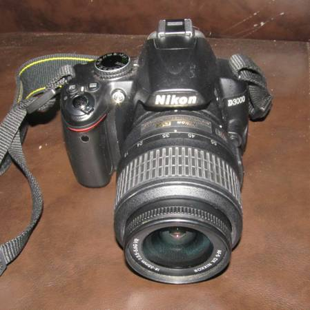 Nikon D3000 Digital Camera w  battery and charger -   x0024 350  Sunset  LA
