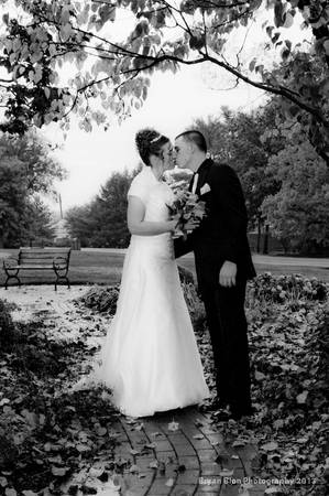 Beautiful Excellent Wedding Photography YOU Can Afford  Lafayette