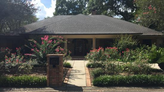 800  3br  This 3000 square foot single family home has 3 bedrooms and 3 0 bathrooms  It is located at 304 King