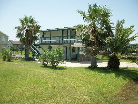 - $145 2br - WEST END SEA ISLE HOUSE-FILLING UP FAST (GALVESTON)