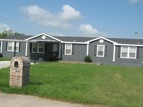 $88900  4br - 2100ftsup2 - 43 foreclosure (beaumont tx)