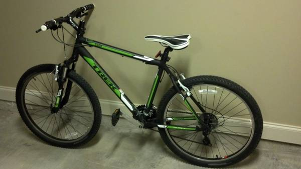 Trek 3500 21-speed Mountain Bike - $350 (Lafayette)